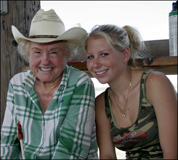 Iris Wall with granddaughter Whitney Edwards. Indiantown, September 2006.