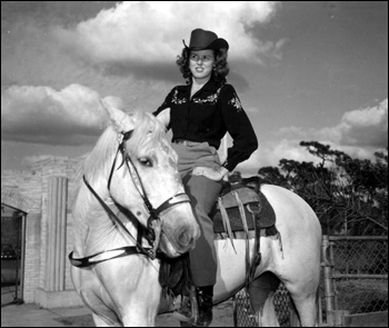 Wynona Beville and her horse: Lakeland, Florida (1947)