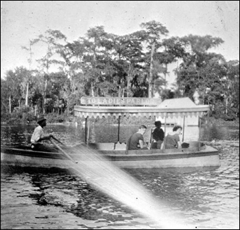 Tour by boat: Silver Springs, Florida picture (1914)