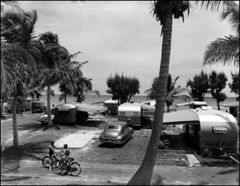 Hollywood camp on the ocean front: Hollywood, Florida (1950)