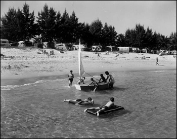Residents at the beach: Hollywood, Florida