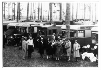 House cars at a tin can tourist campout (19--)