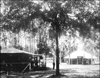 Tin Can Tourists camping park in De Land (ca. 1930)