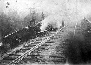 Train derailment: Cedar Key Region, Florida (ca. 1908)