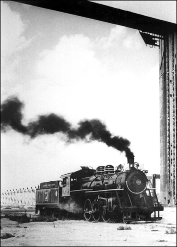 Florida East Coast Railway steam engine #153: Miami, Florida (19__)