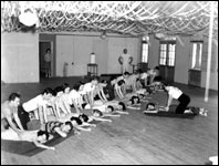 Artificial respiration training (1941)