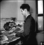 Charles Foster, artist with the WPA art project (ca. 1940)