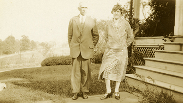 James and Evelyn Bubbett ca 1909-1924