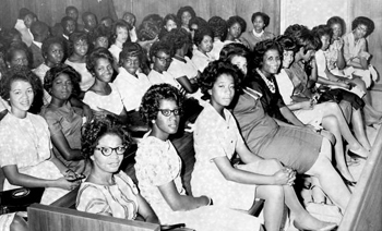 Negro students filling circuit court room: Tallahassee, Florida (1963)
