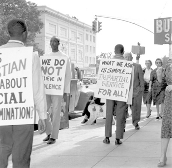 Boycott and picketing of downtown stores: Tallahassee, Florida (1960)