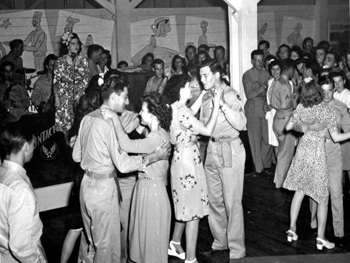 Dance at servicemen's club : Miami, Florida (ca. 1944)