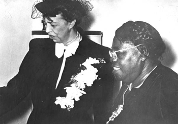 Eleanor Roosevelt visits with Mary McLeod Bethune (1937)