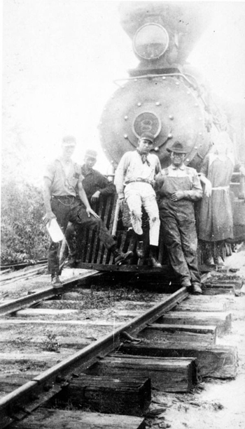 Gulf, Florida, and Alabama Railroad Company engine number 8 (ca. 1920)