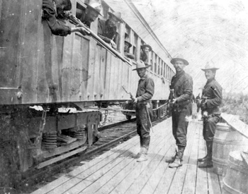 Soldiers of the 2nd Regiment of Louisiana Volunteers at train depot: Cocoa, Florida (1898)