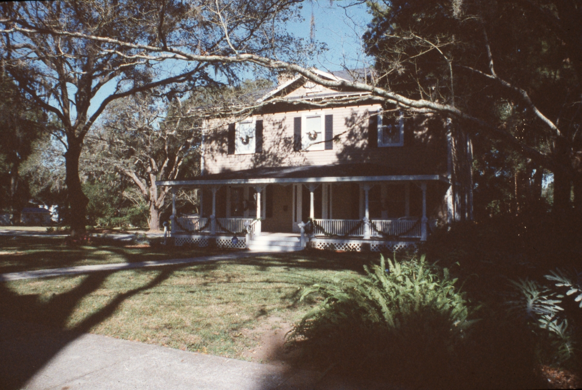 Looking north at the Abraham-Jackson house in Dade City.