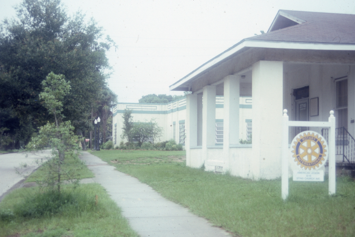 Photographs of the Church Street Historic District in Dade City.