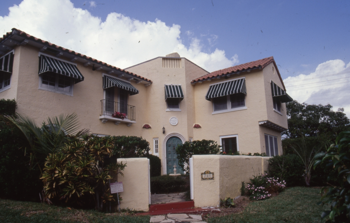 Photographs of the Alfred J. Comeau house in West Palm Beach.