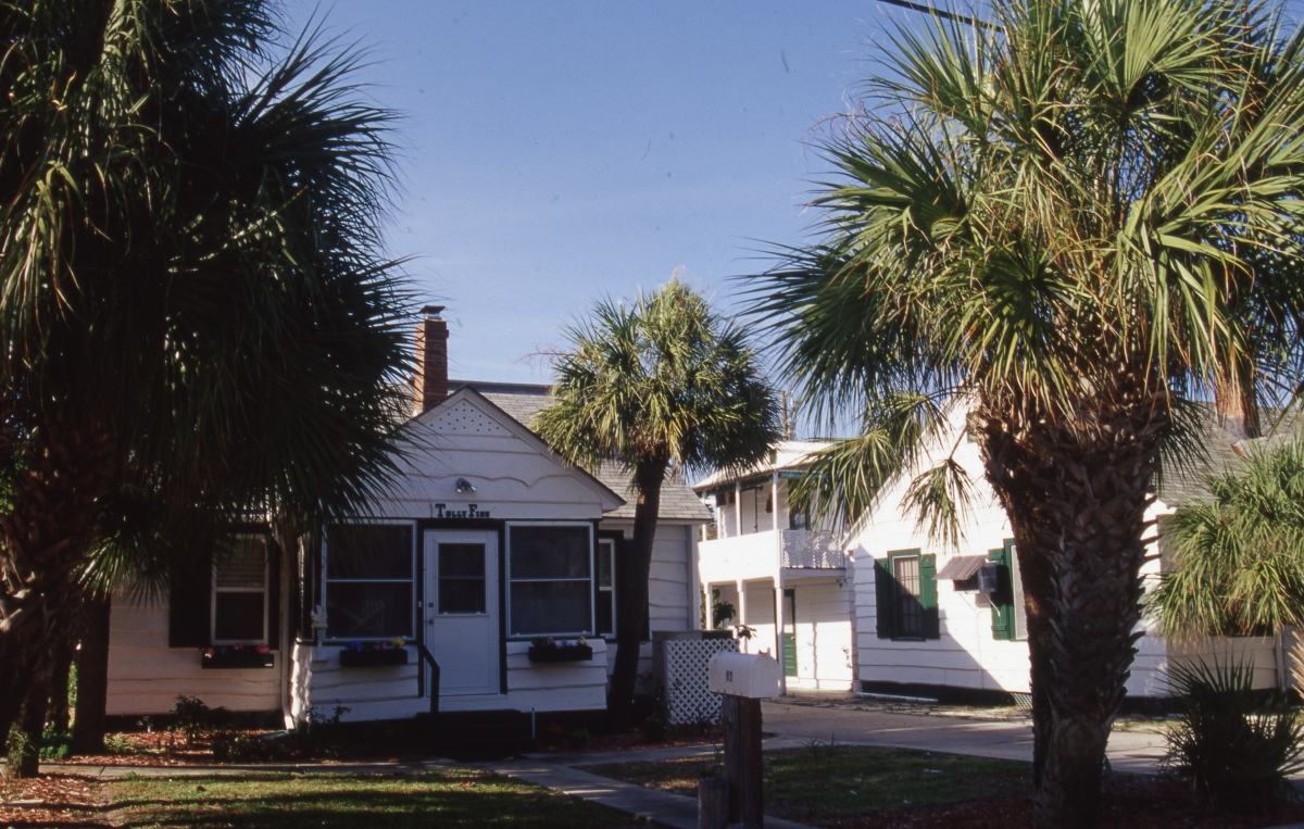 Photographs of the Pass-a-Grille Historic District.
