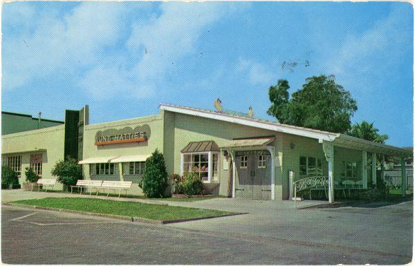 Florida Memory Aunt Hattie S Restaurant In St Petersburg