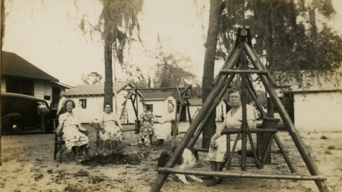 Hall family from Michigan at Eustis tourist camp during their Central Florida vacation.