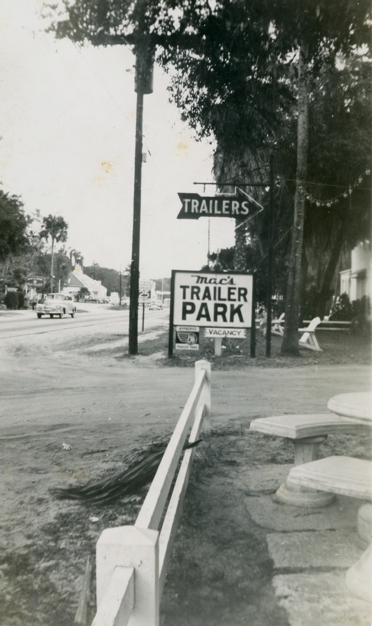 Entrance to Mac's Trailer Park shown during Central Florida vacation of the Hall family from Michigan.