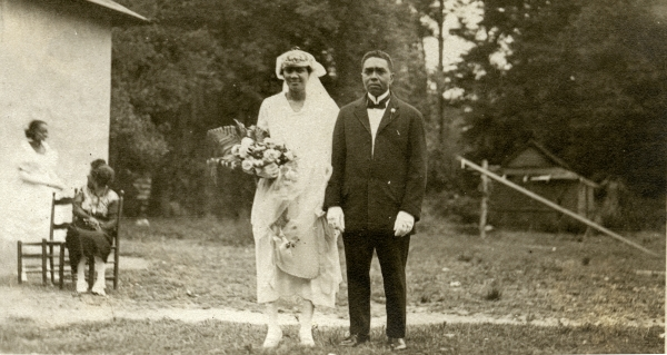 Portrait of an African American couple in Hibernia.