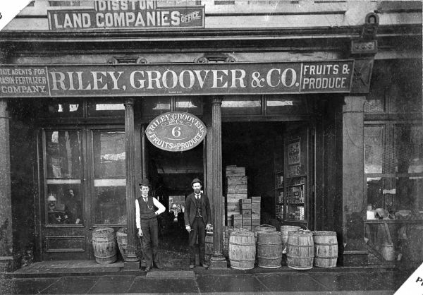 Florida Memory - Storefront of the Riley, Groover & Company at 6 W