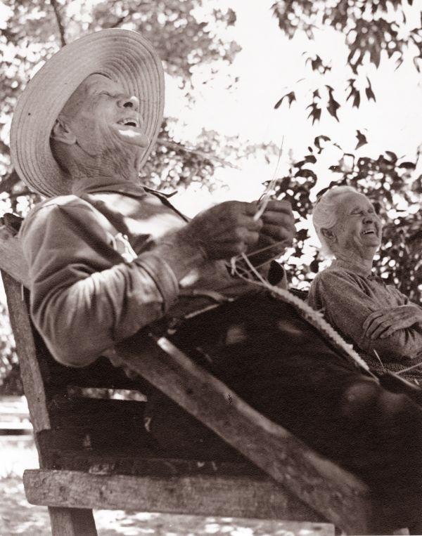 William Keye and Mary Jane Roberts making straw hats - Riviera Beach, Florida.
