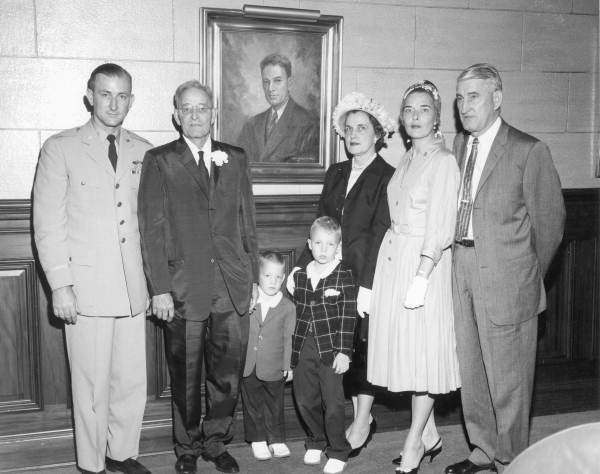 Former House Speaker Samuel W. Getzen with family members during unveiling ceremony - Tallahassee, Florida.