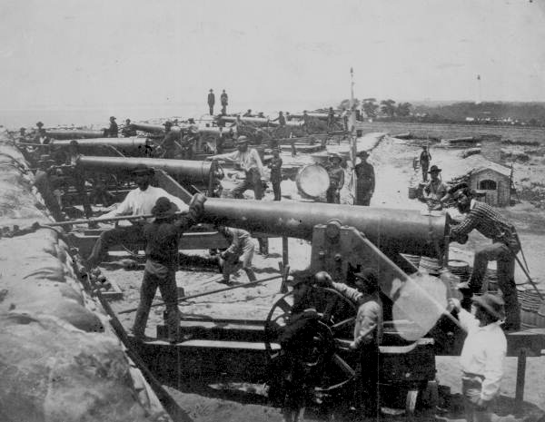 Columbiad guns of the Confederate water battery at Fort Barrancas.