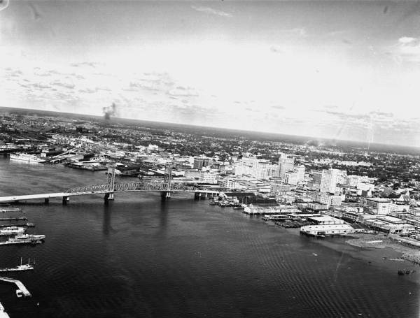 Aerial view of Main Street Bridge over the Saint Johns River in downtown Jacksonville.