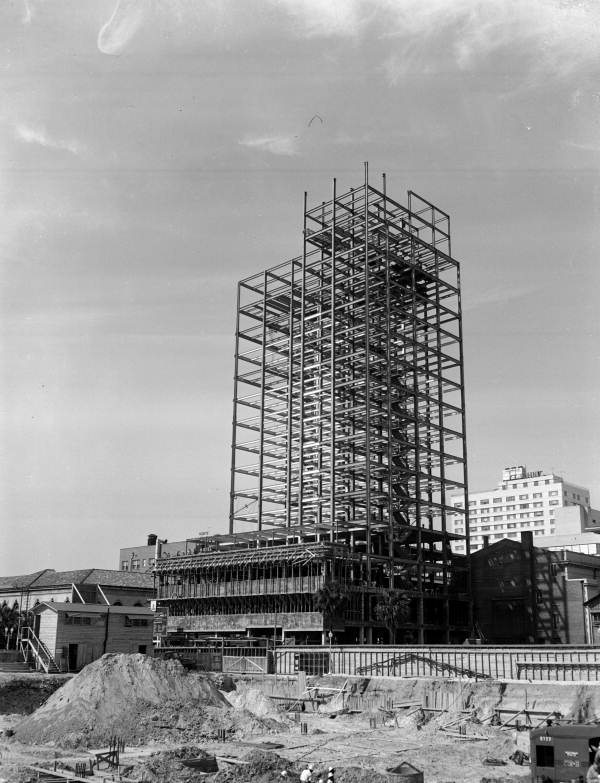 Florida Memory - View showing construction of the ...