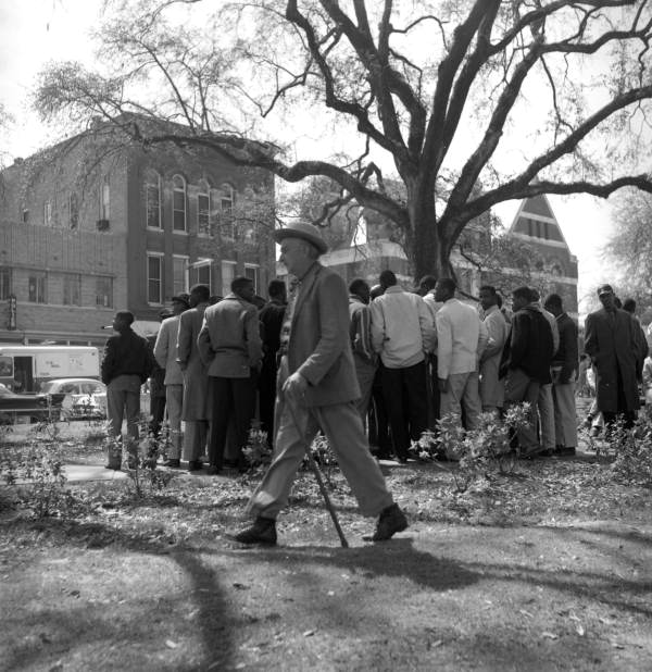 Civil rights demonstrators on the south side of Park Ave. between Monroe and Adams streets in Tallahassee, Florida.