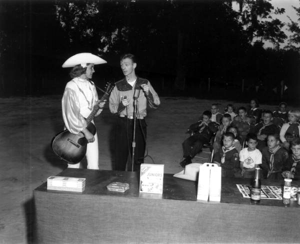 Jack Ridner and an unidentified performer on the Circle 6 program - Tallahassee, Florida .
