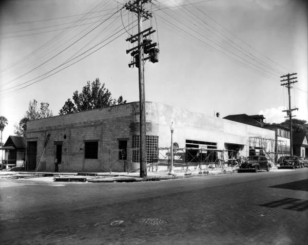 Patten sales building under construction.